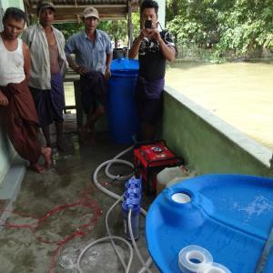水害後の水の供給は困難に