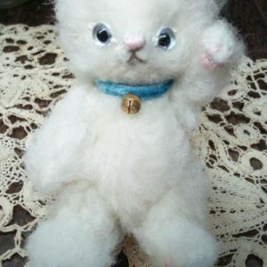 【オーダー作品紹介】小さな白猫ちゃん