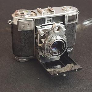 アンティークカメラ好きな方に♪コンテッサ35 ZEISS Ikon Contessa