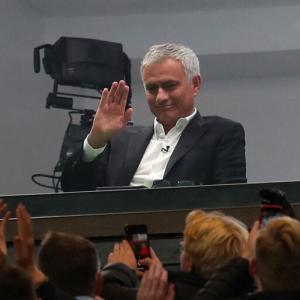 <トッテナム>ポチェッティーノ監督を解任を発表!モウリーニョ招へいか…すでに交渉、合意の可能性も