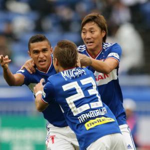 横浜FMのJ1優勝が決定!ティーラトン、エリキに遠藤ダメ押し弾でFC東京との最終決戦に3-0完勝