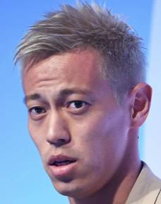 【朗報】本田圭佑、34才にしてサッカーがチームプレイだと認識