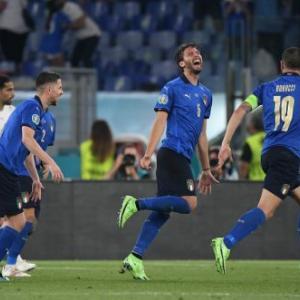EURO2020 イタリアが決勝T進出一番乗り! ロカテッリ2発&インモービレ2戦連発でスイスに快勝