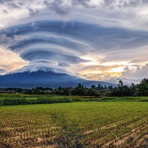 【画像】富士山、目覚める