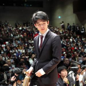 【朗報】藤井聡太二冠さん、自己最高レーティング2000間近