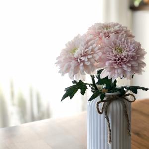 ベビーピンクが可愛い一輪菊シャンパン♪