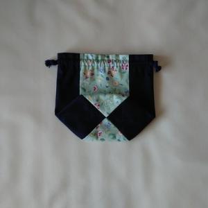 ミントン柄の巾着、縦配色