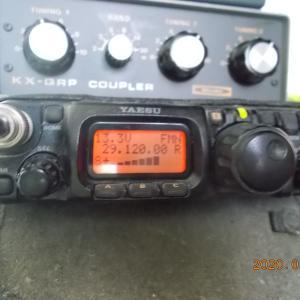 【どうでもいいエントリー】使ってる無線機を数えてみた。