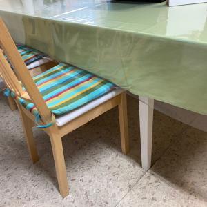 教室に置きたいって思っていた理想的な机を見つけちゃった♪