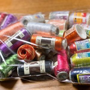 編み物にさらなる誘惑が❣️