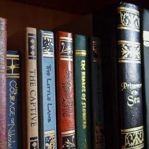 リアル書店とオンライン出版