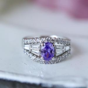 良いご縁を引き寄せる恋愛成就の宝石ピンクアメジストのリング。