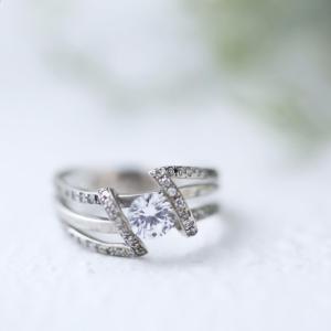 ダイヤはあなたの願いを叶えてくれる宝石です。