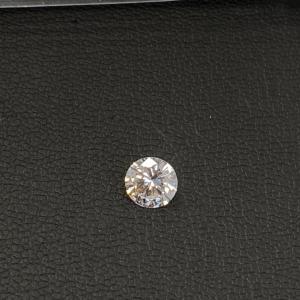 キラキラ美しいダイヤを仕入れました。