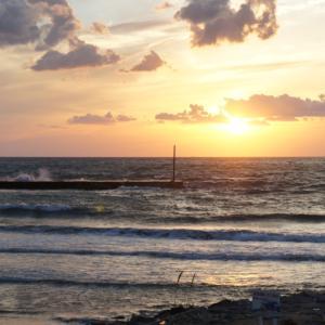 9月19日 石川 西向きの波を追いかけて能登半島へ!いきなり胸肩波