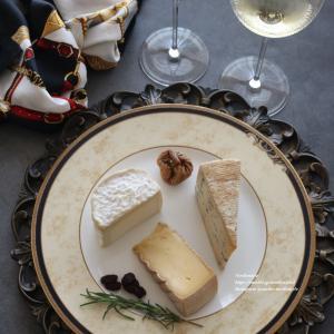 ワインとチーズ、口に含む前に。