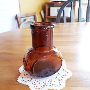 古い褐色瓶