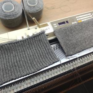 機械編みの羽織物【ゴム編み】