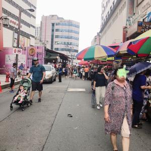 南大門市場 最近格安ショップが増えてますね〜 3,900ウォンの帽子やすーっ!!