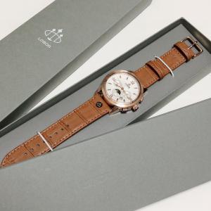 アクセサリーいらず!オンにもオフにも使えるおしゃカッコ可愛い腕時計