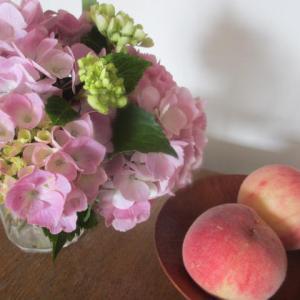 桃と紫陽花
