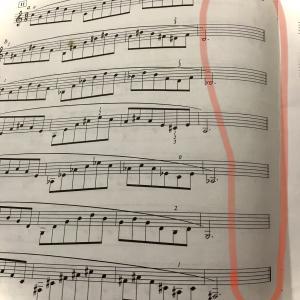 基礎練習の楽譜で見かけるダブルバー