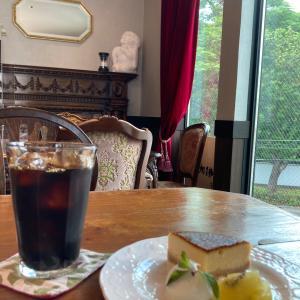 狛江のお勧めカフェ:珈琲Bar 朱い実