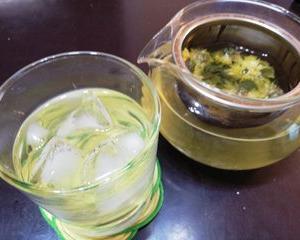 緑茶+菊花茶で涼を