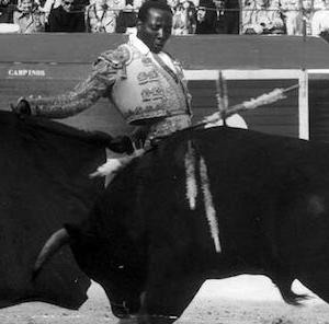 黒人闘牛士 Ricardo Chibanga nació (1947) torero africano / スペインは呼んでいる the trip to Spain / モザンビーク Mozambique / 井上尚弥 Inoue vs, Donaire  拳闘 boxeo
