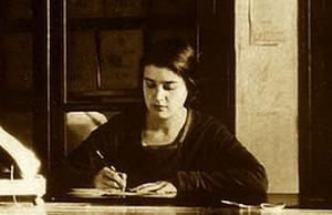 María Moliner murió (1981) スペイン語最高辞典 / hecho unos zorros 面白表現 /¿「冷コー」消えた? / スペイン語史, etc