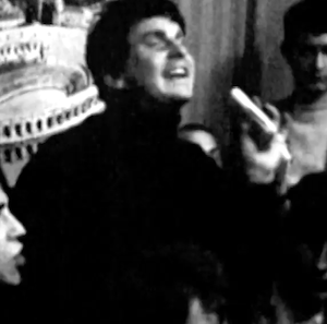 Grandes tardes, pequeñas mañanas 大きな夜と小さな朝(1968年フランス5月革命擬き)革命の夜、いつもの朝(Grands Soirs et Petits Matins) / crepuscular, crepúsculo / Vuelve Tendido Cero
