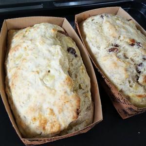 バナナケーキと茄子の豚カツ