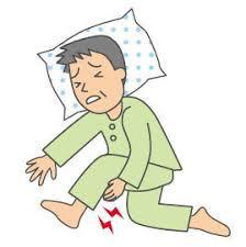 「足がつる(こむらがえり)」の3つの原因と対処法