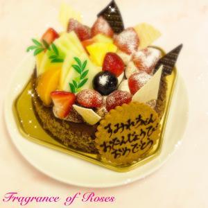 13歳おめでとう♪お隣真岡市のパティスリーカワナさんの美味しいケーキでお祝い♪