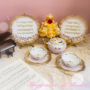 第8回キルンアートコンクール作品~マリーアントワネットのお茶会のような煌びやかなティーセット♪