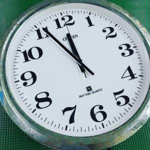 大きな掛け時計のお預かりに感謝(*^^*)