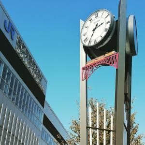 黒部宇奈月温泉駅前のトロッコ電車時計(* ´ ▽ ` *)