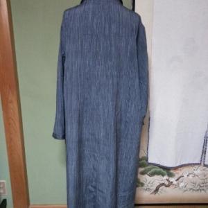 グレーの紬のコート