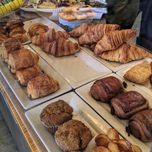 新しいパン屋さんへ【美味しいパン食べたい】