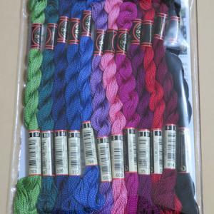 今月の 144色の刺しゅう糸 【12回目】