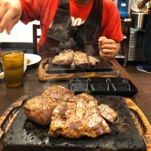 やっぱりステーキ!