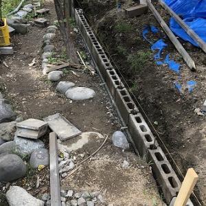 土留め工事・・ブロック積み、完。