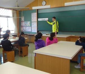 11月13日(水)4年生の研究授業