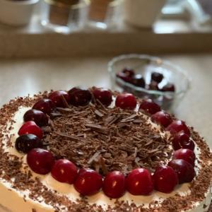 黒い森のさくらんぼケーキ♪