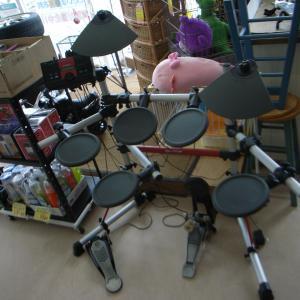 高山市リサイクルショップ サンタの創庫新宮店 楽器コーナー入荷情報です!