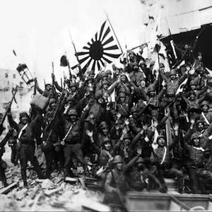 殺さなければ殺される。それが戦争だ。/戦争中に北京と南京と天津と上海と重慶と武漢とハルビンと満州で256人の中国人を殺した生物学上の父親はすべてを墓の中に持っていった。