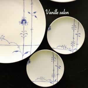 手描き ディナー皿とシリーズ小皿