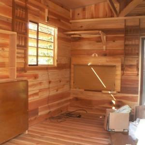 小屋を作ろう。内装完了