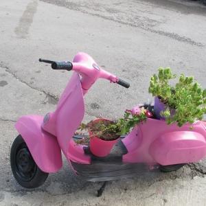 イタリア製の古いスクーター