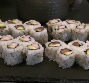 庵IORIの6月の6日と7日は寿司の日